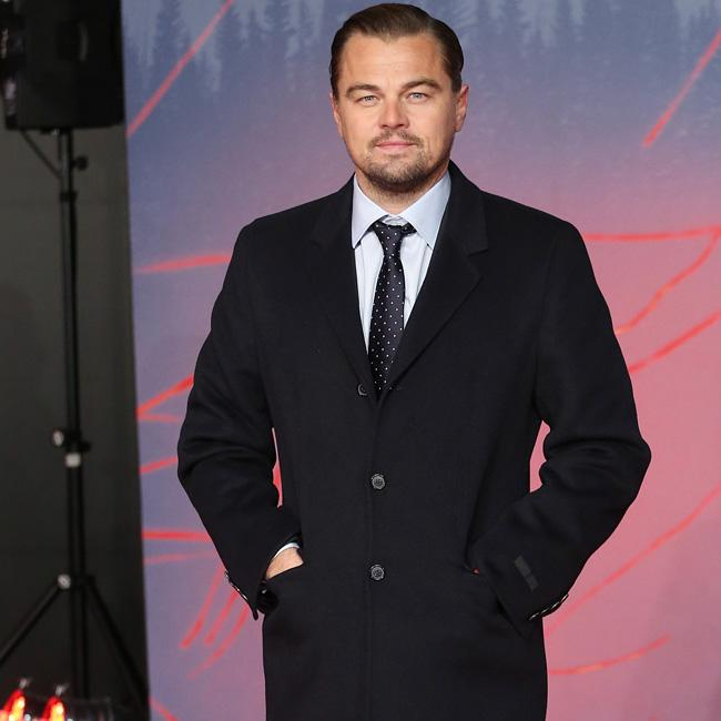 Leonardo DiCaprio auctions off stay at luxury Palm Springs estate