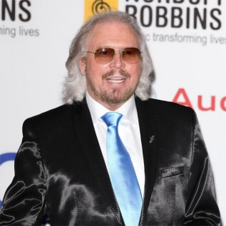 Barry Gibb won't sing brother Robin's songs