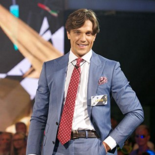 Lewis Bloor would move for Marnie Simpson