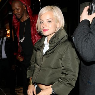 Lily Allen collapses at Notting Hill Carnival