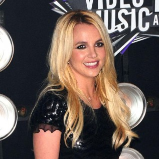 Britney Spears wants duet with Justin Timberlake