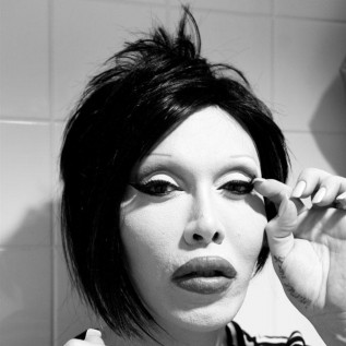 Pete Burns' androgynous style