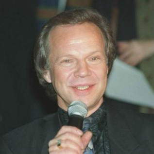 Bobby Vee dead at 73
