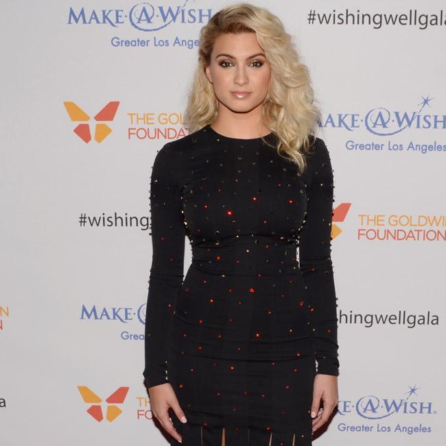Tori Kelly's festive look for Wishing Well Winter Gala