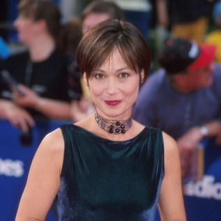 Leah Bracknell offered 'six rounds of palliative chemotherapy'