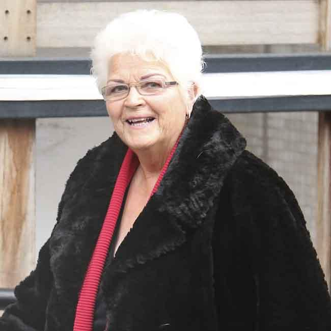 Pam St. Clement to return to Casualty