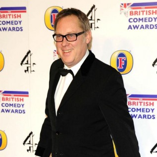 Vic Reeves to play TV presenter in Coronation Street