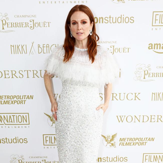 Julianne Moore matches her eye shadow with hair colour