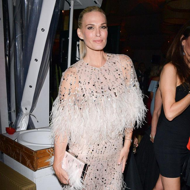 Molly Sims is flawless at Nikki Beach bash