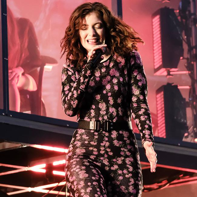 Lorde makes Glastonbury debut