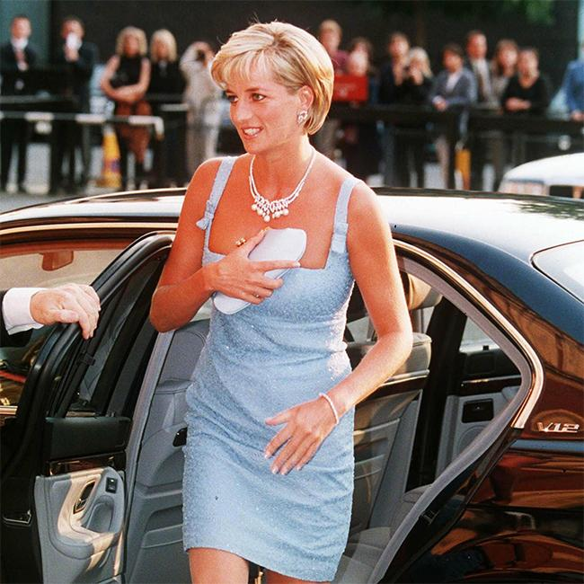 The late Princess Diana reportedly wore her wedding rings after divorce