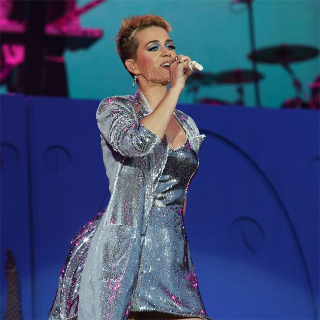 Katy Perry delays Witness world tour