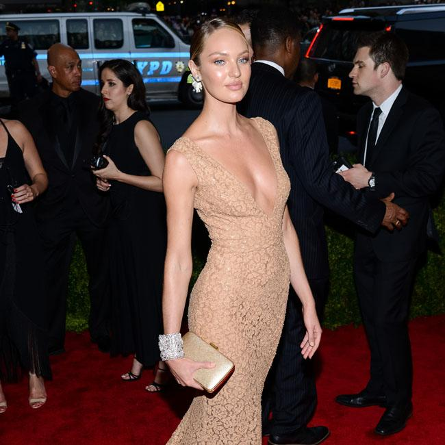 Candice Swanepoel: Natural birth is 'doable'