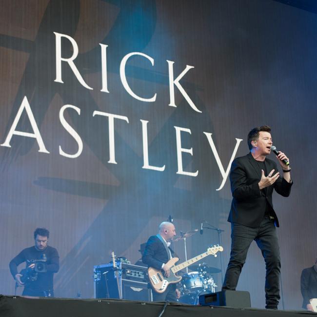 Rick Astley gets Hyde Park rocking