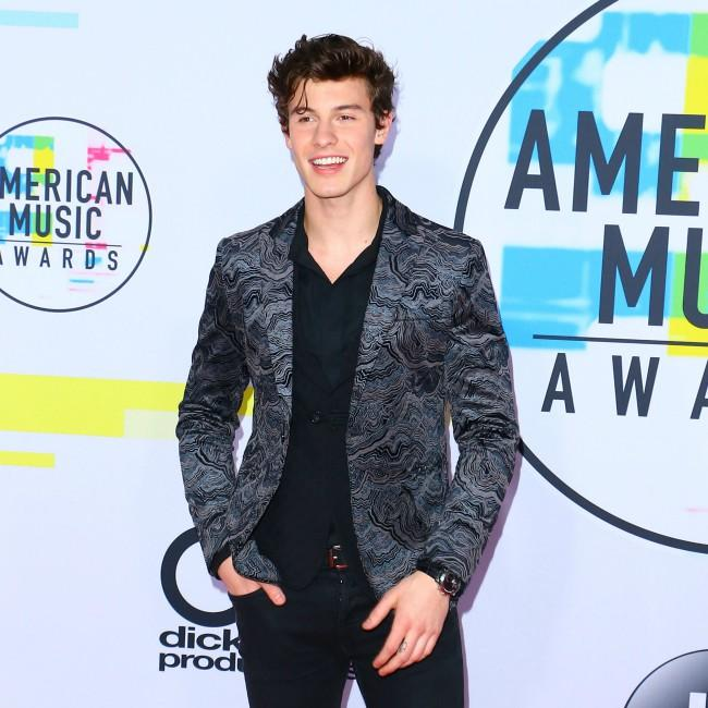 Shawn Mendes to collaborate with John Mayer?