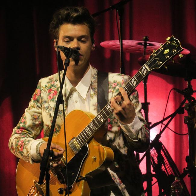 Harry Styles wins Best International Artist at 2017 ARIA Awards