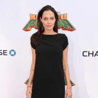 Angelina Jolie feels responsible for all people