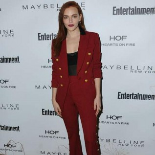 Madeline Brewer denies Nick Jonas speculation