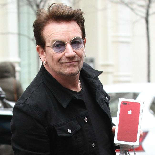 Bono says he's just like ego mad Robbie Williams
