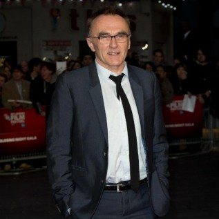 Danny Boyle in talks to helm Bond 25