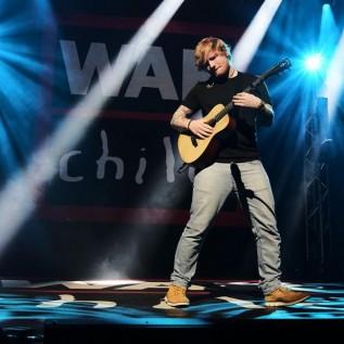 Ed Sheeran warms up for BRITs