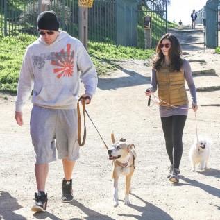 Jenna Dewan Tatum walks her dogs in the sunshine