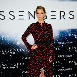 'Germophobe' Jennifer Lawrence