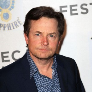 Michael J. Fox undergoes spinal surgery