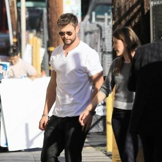 Chris Hemsworth wants Matt Damon banned from Australia