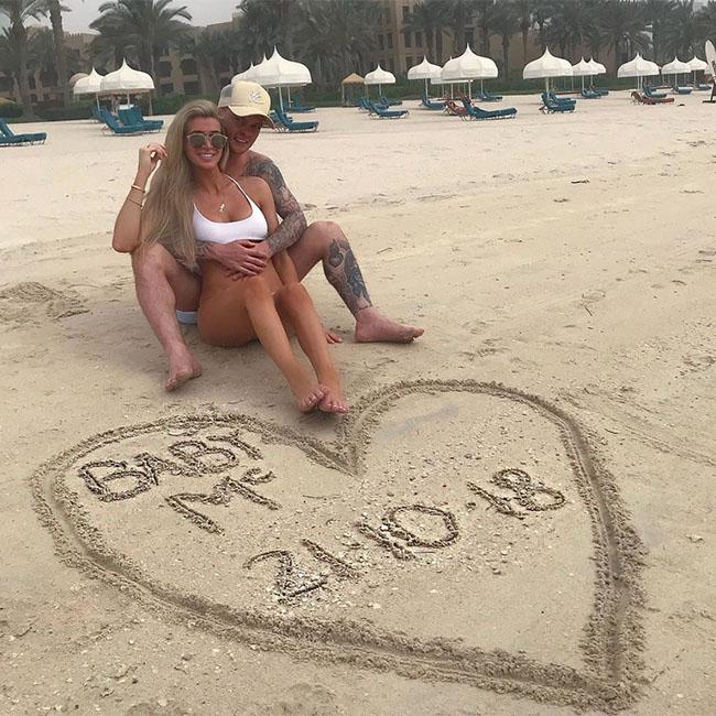 Lillie Lexie Gregg expecting first child