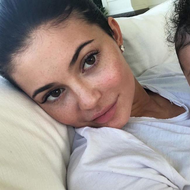 Kylie Jenner deletes Stormi shots