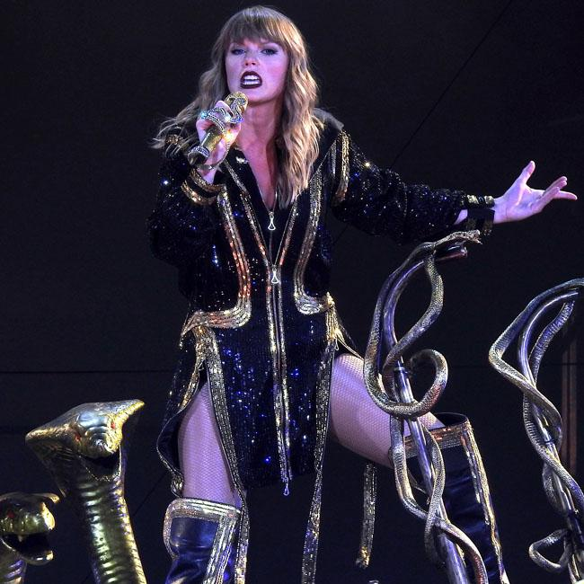 Taylor Swift brings out Hayley Kiyoko for Curious duet