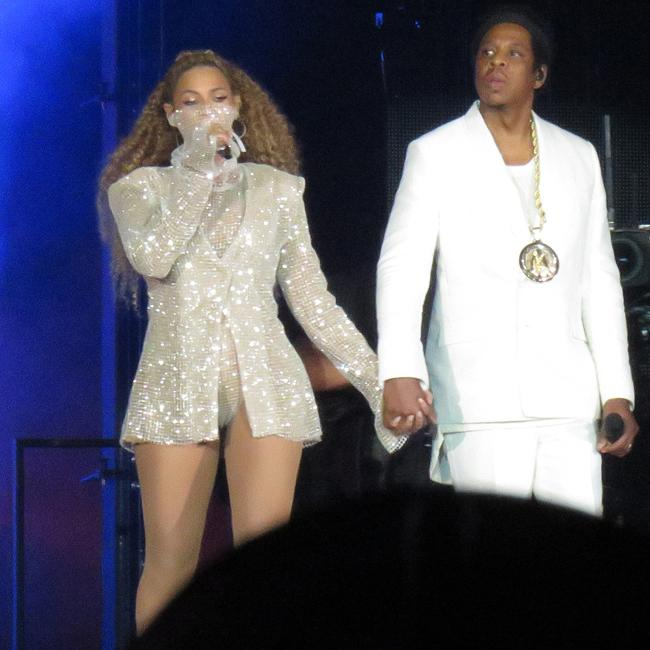 Beyonce and Jay-Z delay New Jersey concert due to bad weather