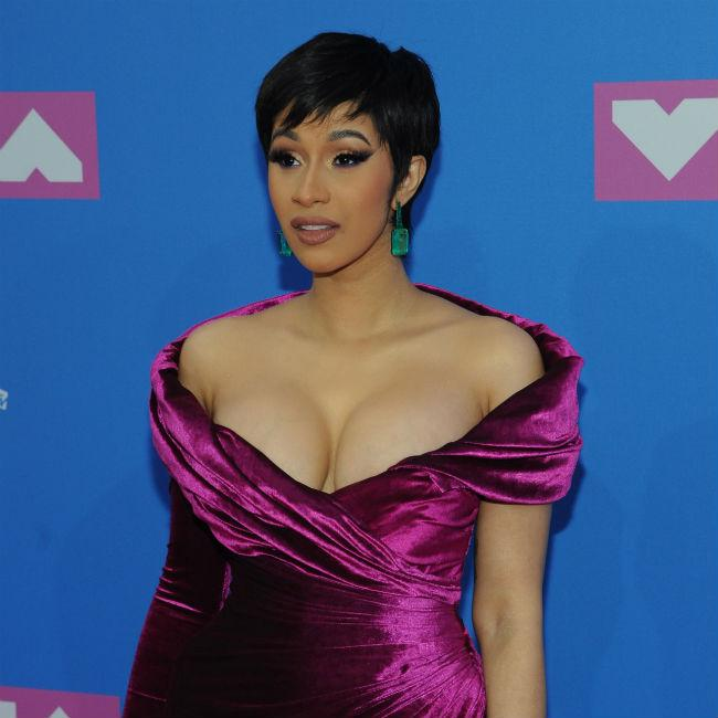 Cardi B Didn T Want Offset To Get Neck Tattoo Of Her Name: Cardi B Didn't Get To See Ring Video Before Release