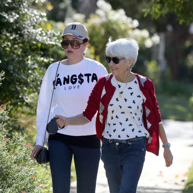Amanda Bynes to remain under conservatorship until 2020