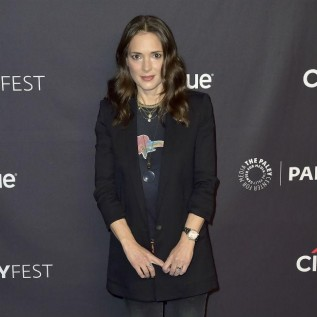 Winona Ryder has 'healthy crush' on Keanu Reeves