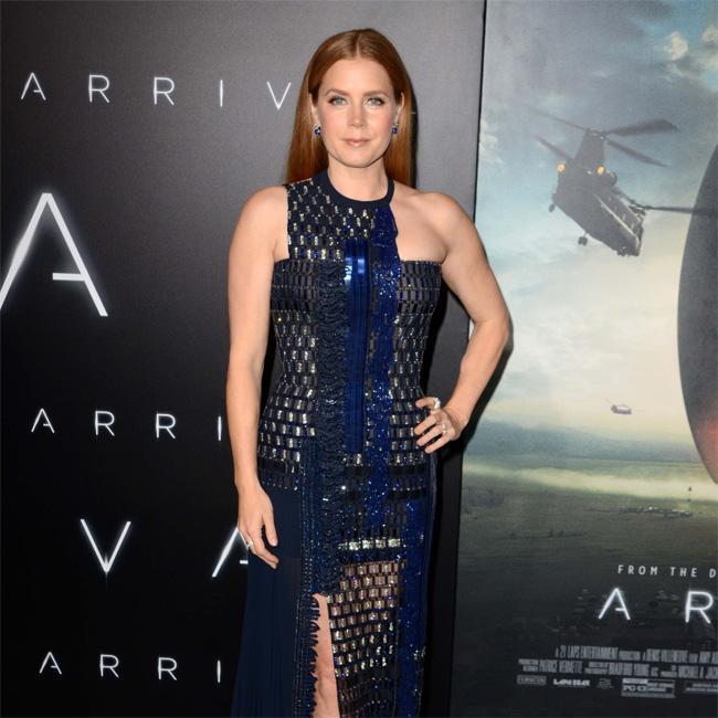 Amy Adams needs character backgrounds