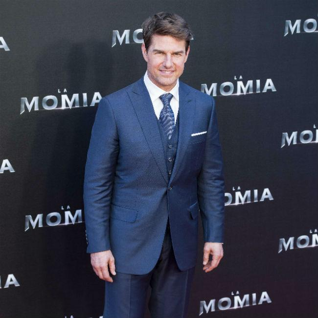 Tom Cruise 'too old for stunts'