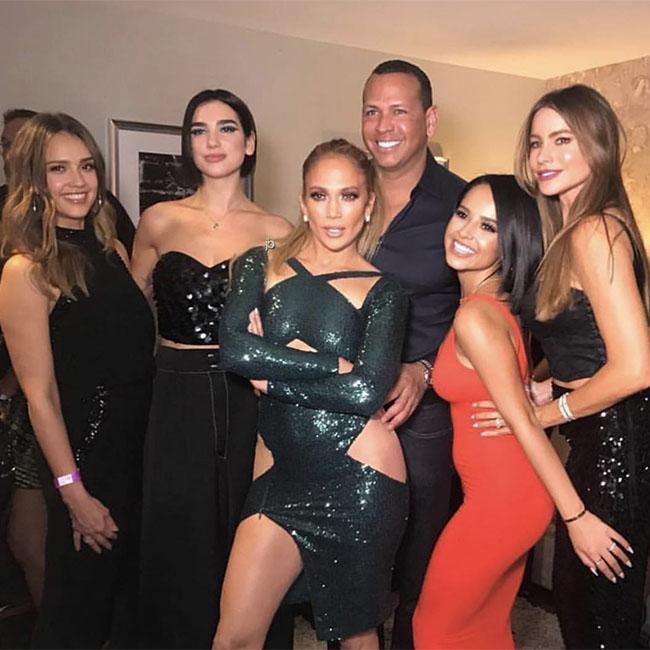 Jennifer Lopez parties with girlfriends in Vegas