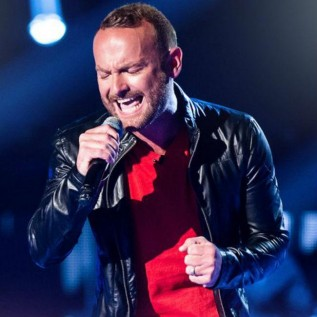 Kevin Simm replaces Marti Pellow in Wet Wet Wet