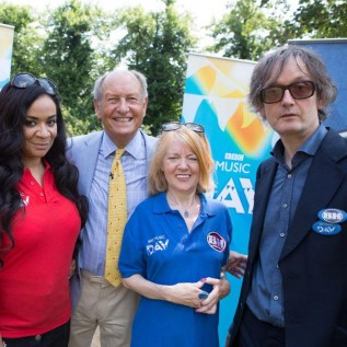 Britpop Bargain Hunt ends with cheating claims