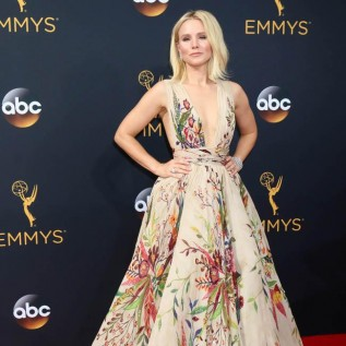 Kristen Bell praises fan with low self-esteem