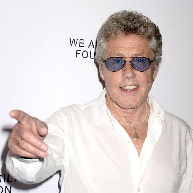 Roger Daltrey urges female vocalists to ditch in-ear monitors