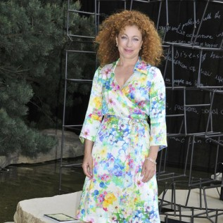 Alex Kingston watched Doctor Who strip show