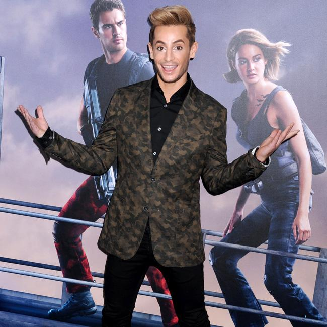 Frankie Grande gives support to Ariana