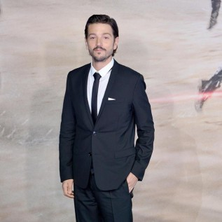 Diego Luna says Narcos: Mexico is a 'new beginning'
