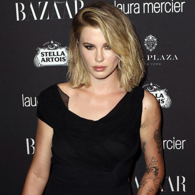 Ireland Baldwin accused of looting during wildfire