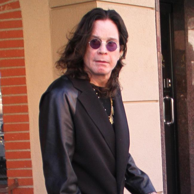 Ozzy Osbourne got infection from manicure