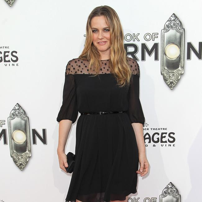 Alicia Silverstone: My son has never been sick