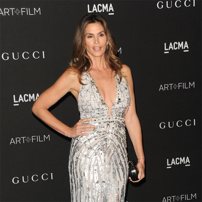 Cindy Crawford wants to teach people how to grieve